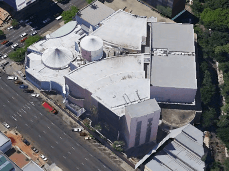 Shopping centre valued for acquisition purposes (Gauteng)